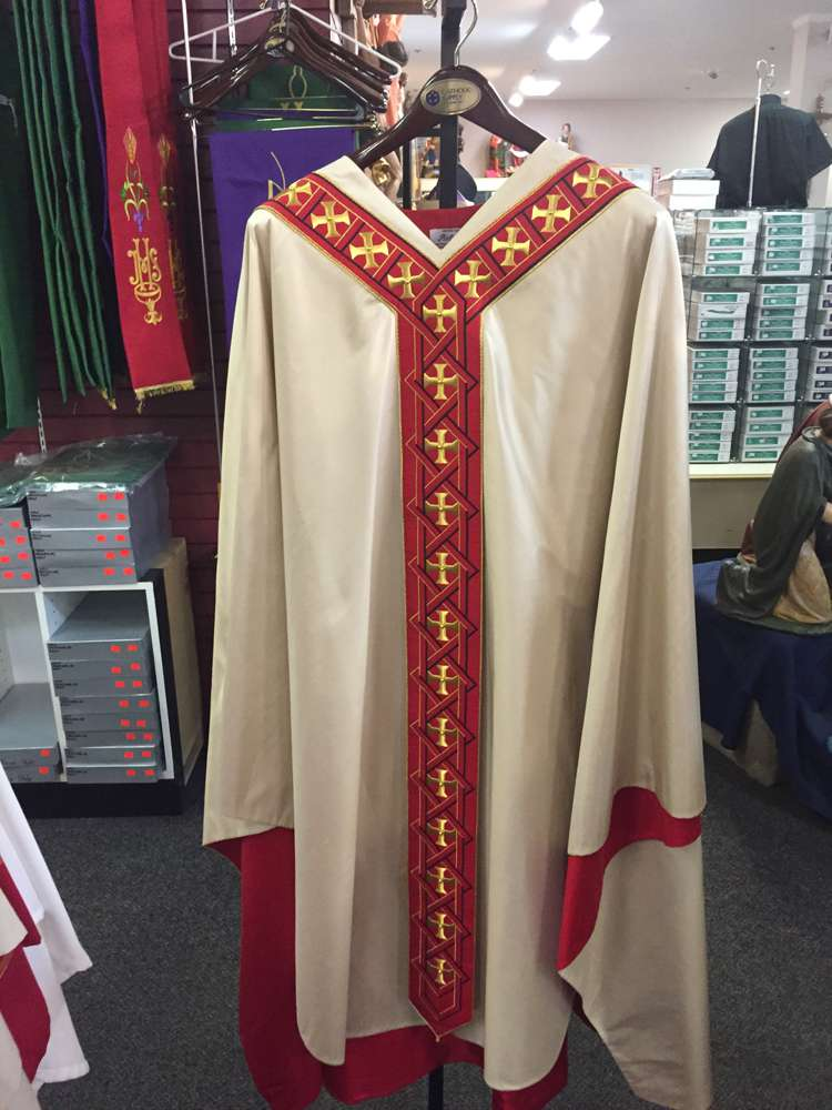 Pietrobon Bruno Gold Casula Interccio Seta Chasuble
