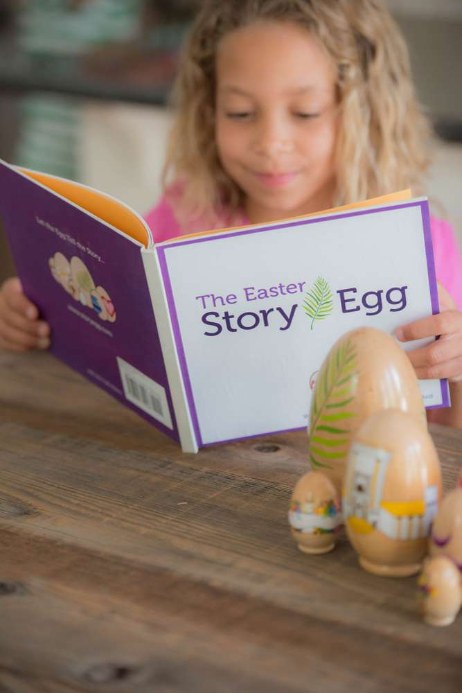 The Easter Story Egg and Book - 106544