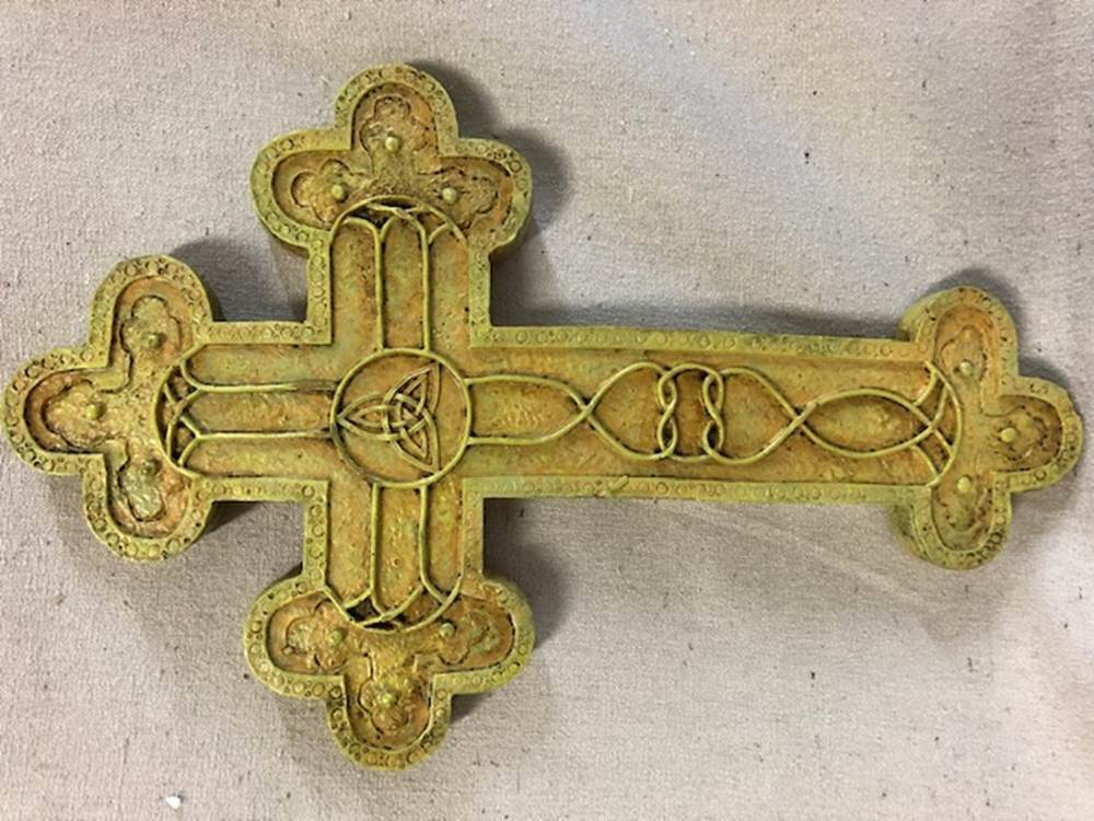 "10"" Celtic Stonelook Cross Wall Cross 