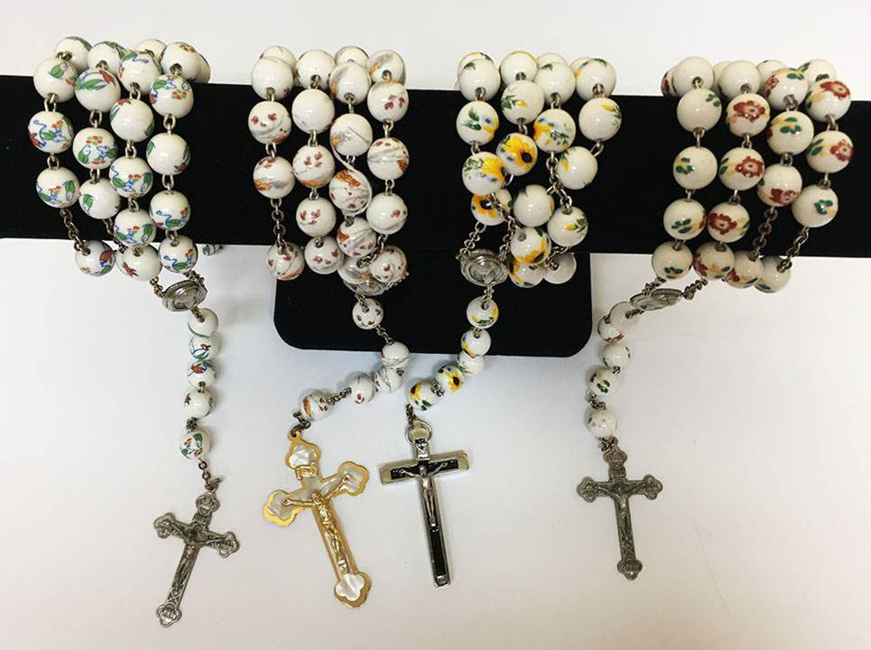 13 Mm Floral Bead Glass Rosary