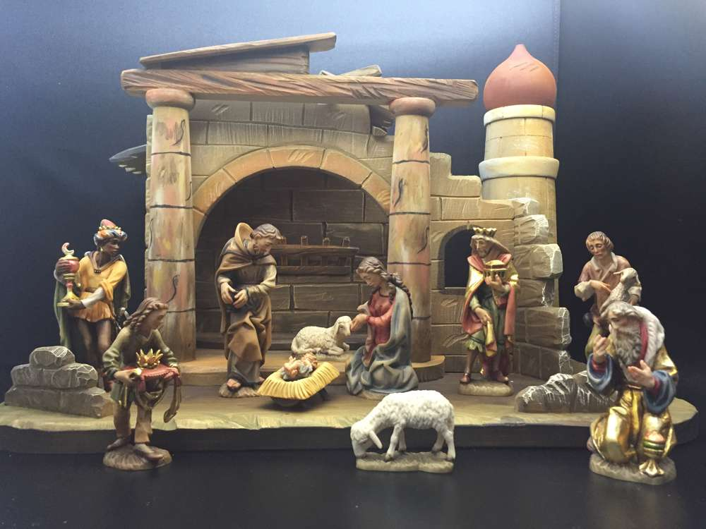 "Anri Wood Carved Nativity 5"" 10pc Figures with Stable"