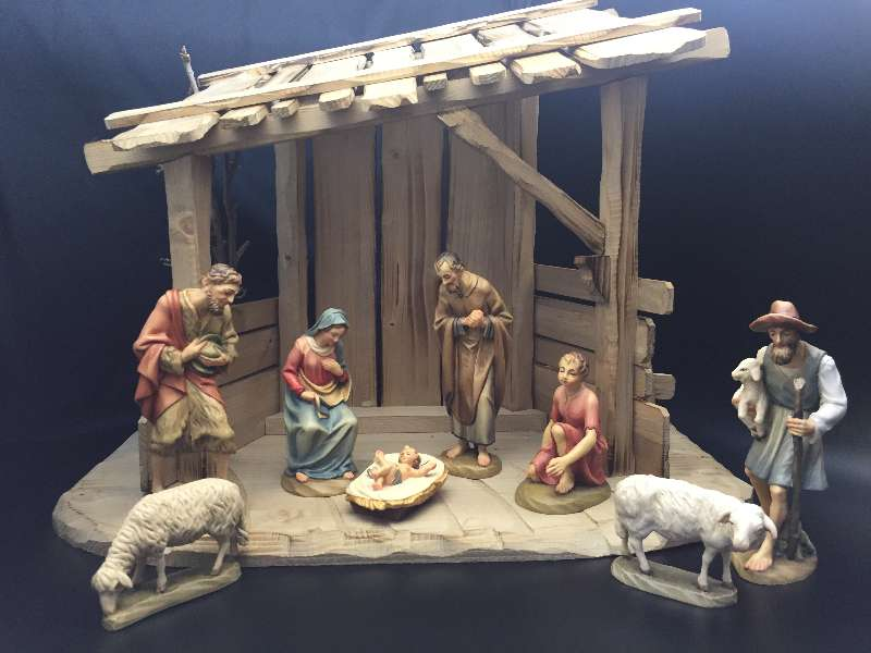 "Anri Wood Carved Nativity 6"" 8pc Figures with Stable"