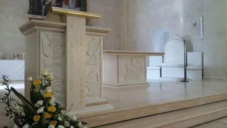 Custom Church Furnishings from Italy