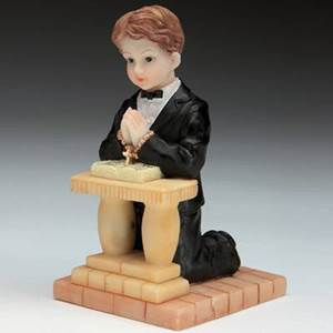First Communion Kneeling Boy Caketopper