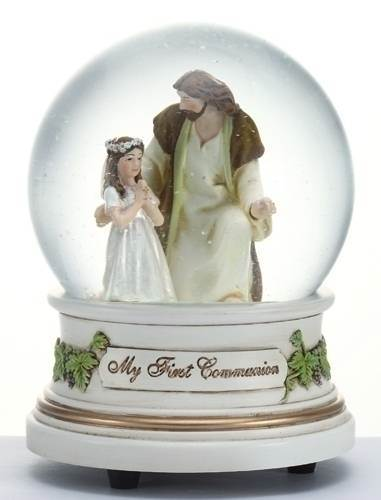 Girl with Jesus First Communion Musical Glitterdome