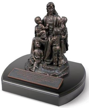 Jesus with the Children Statue