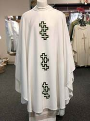 Manantial Sorgente Tres Cruces Chasuble 50, 50 tres cruces, 50 3 crosses, esterilla, chasuble, vestment, sorgente, manantial, robe, white, red, green, red, catholic chasuble, sorgento, three crosses