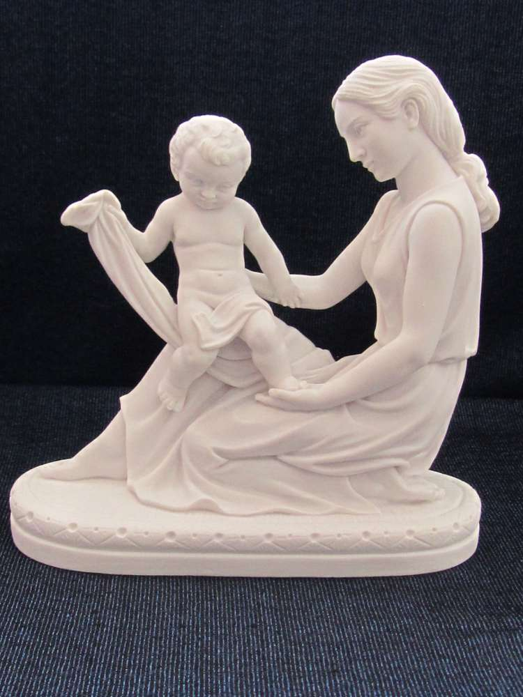 Mother with Child Statue
