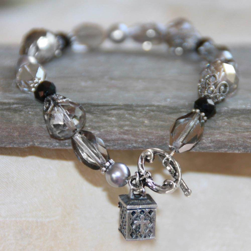Pearl Prayer Box Bracelet