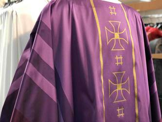 Purple Chasuble by Houssard Purple, vestment, Chasuble, Houssard, arte grosse, 700107