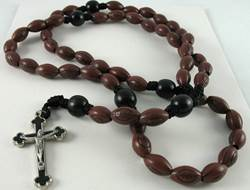 Sports Rosary-Football sports rosary, first communion gift, reconciliation gift, confirmation gift, youth gift, birhtday gift, boy gift, girl gift, sport gift, athlete gift, rosary,youth rosary,football gift, football rosary