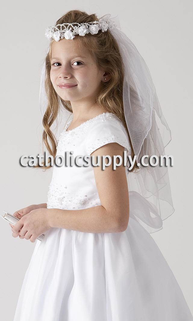 Roses and Leaves First Communion Veil