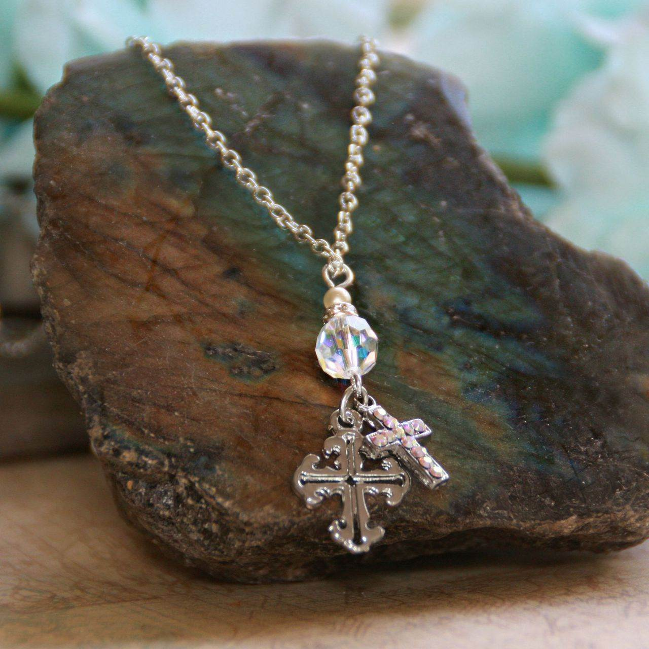 Crystal and Cross Necklace necklace, jewelry, cross necklace, religious necklace, crystal necklace,In-532