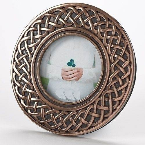 Round Irish Frame