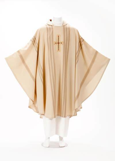 905 Chasuble with Cross